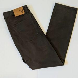 AEO men's dark olive green pants 33x32